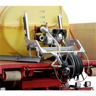 Foldable hose reel for high vehicles