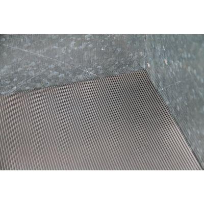 Rubber mat for metal insert
